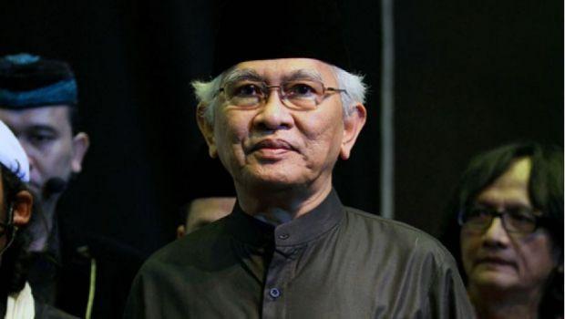 KH Ahmad Mustofa Bisri (Gus Mus)