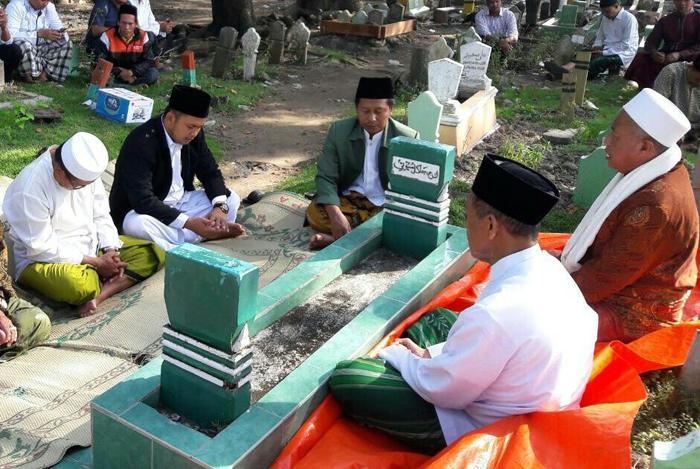 Kiai Menampilkan Wajah Islam Ramah di Indonesia
