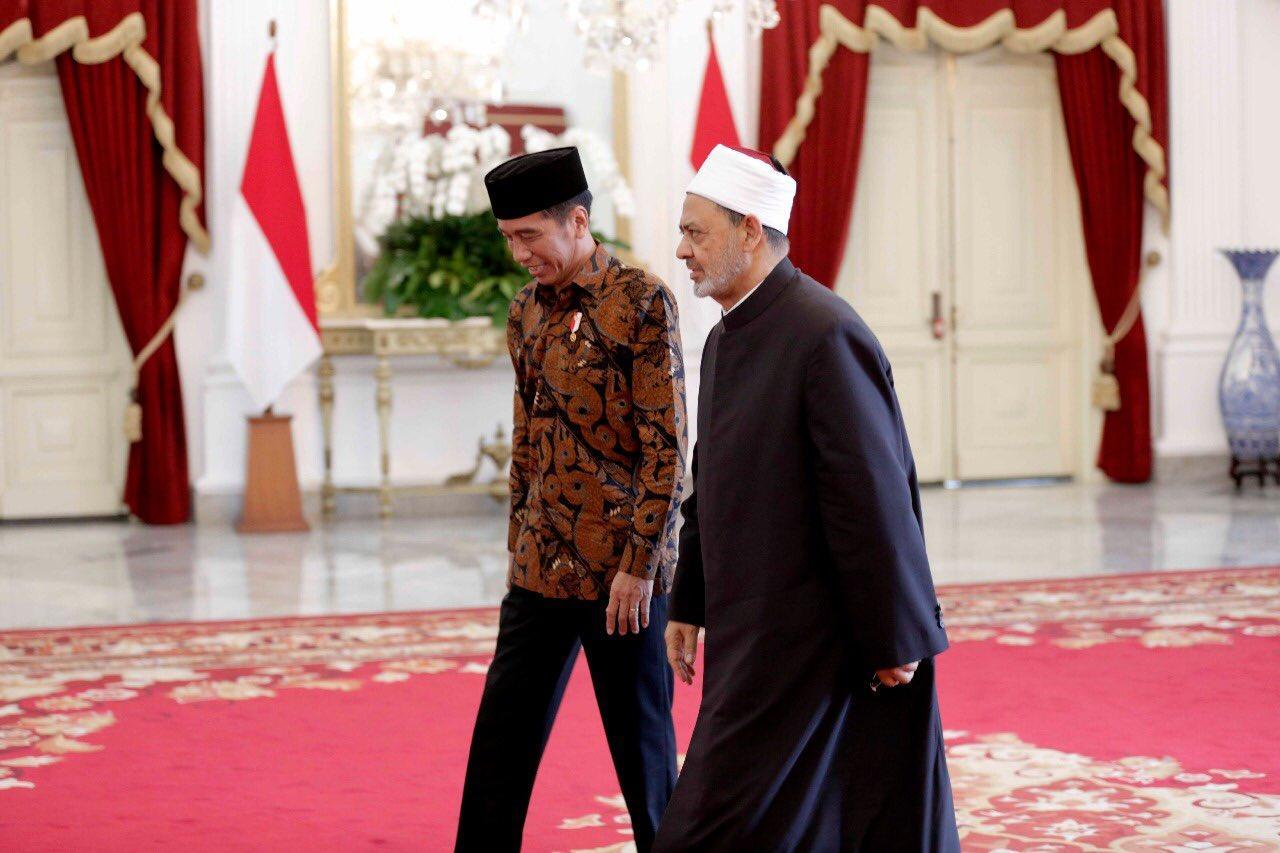 Presiden Jokowi dan Grand Sayeik Al-Azhar. IslamRamah.co