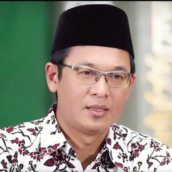 Gus Ishom- Butuh Ketulusan Dalam Beragama- IslamRamah.co