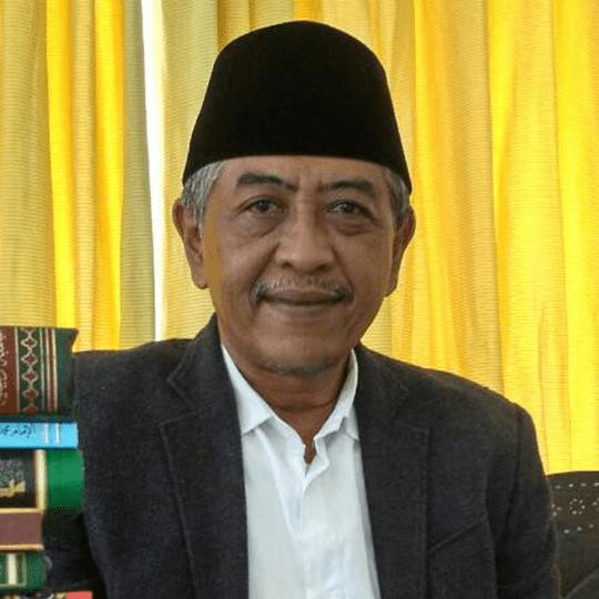 KH Luqman Hakim-Jangan Jauhkan Umat Islam Dari Kiai-IslamRamah.co
