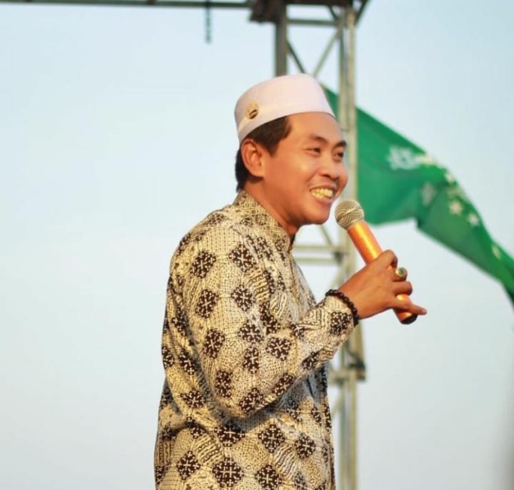 KH Anwar Zahid-Jangan Pernah Mengusik Persatuan Indonesia-IslamRamah.co