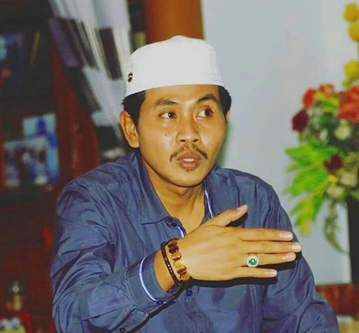 KH Anwar Zahid-Di Media Sosial Banyak Penceramah, Sedikit Ulama-IslamRamah.co