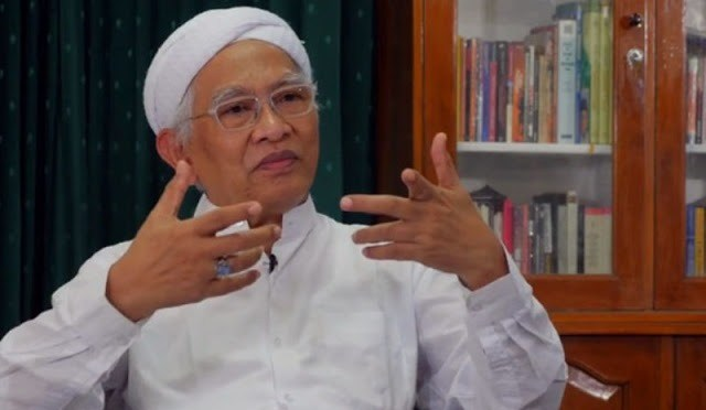 Gus Mus-Agama Adalah Sarana Menuju Allah-IslamRamah.co