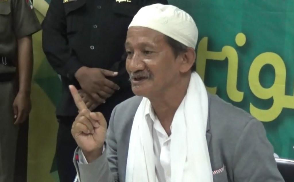 KH Agoes Ali Masyhuri-KH Agoes Ali Masyhuri- Bicaralah Yang Benar dan Bermanfaat-IslamRamah.co