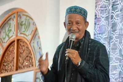 KH Agoes Ali Masyhuri-Hayati Agama dengan Hati dan Akal-IslamRama.co
