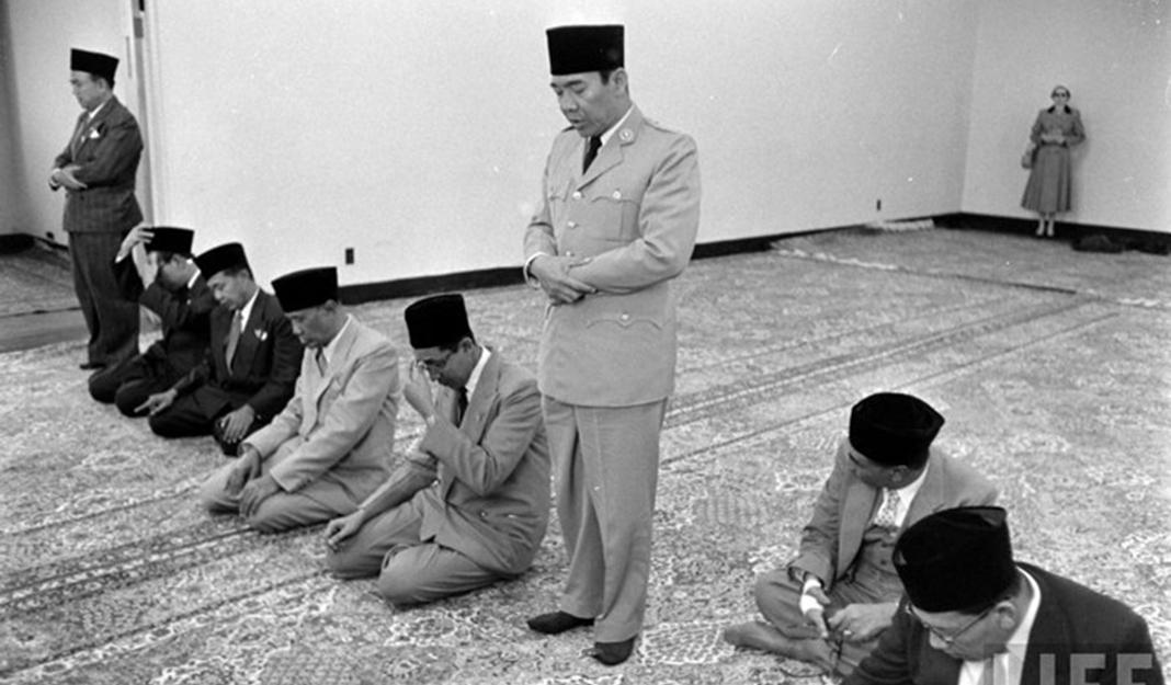 Bung Karno, Islam Agama Perbuatan-IslamRamah.co