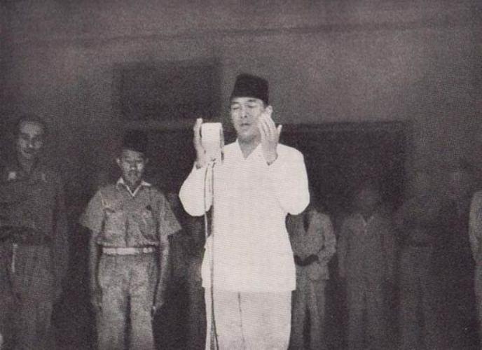 Bung Karno- Memudakan Pengertian Isalm-IslamRamah.co